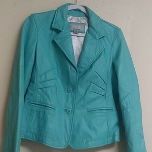 Ladies Leather jacket. Great condition. Used.